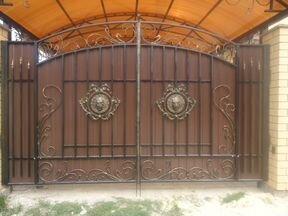 ковка для металлических дверей