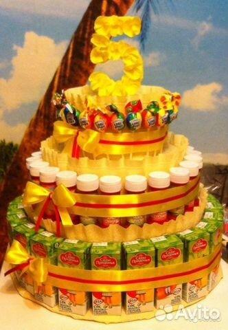 Торт из соков и сладостей своими руками
