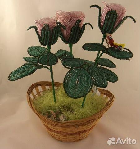 Щёлкните для просмотра следующей фотографии.  Розовые розы из бисера, ручная работа.