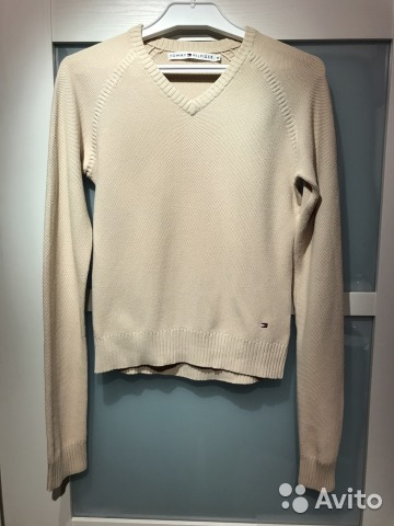 Лёгкий бежевый свитерок Tommy Hilfiger купить в Санкт-Петербурге на ... 1206019cabd80