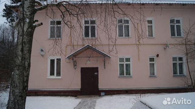 Продается трехкомнатная квартира за 1 850 000 рублей. Московская область, Раменский район, городское поселение Кратово, деревня Захарово.