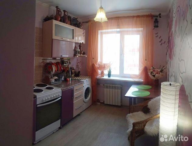 Продается четырехкомнатная квартира за 11 000 000 рублей. Южно-Сахалинск, Сахалинская область, улица имени Космонавта Поповича, 57, подъезд 2.