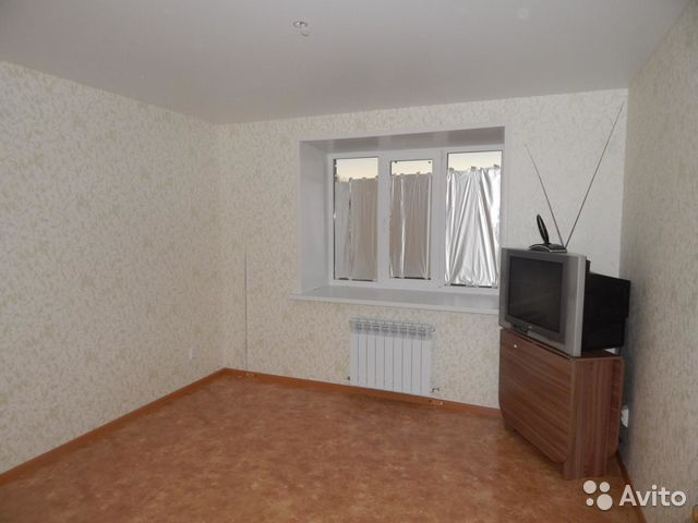 Продается двухкомнатная квартира за 1 200 000 рублей. посёлок Сурок, улица Дружбы, 12.