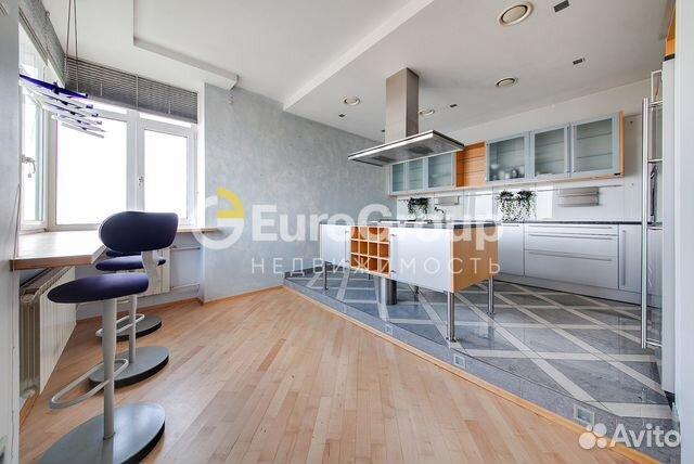 Продается трехкомнатная квартира за 63 800 000 рублей. г Москва, ул Авиационная, д 79Б.