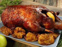 Мясо и сало вьетнамской травоядной свиньи и