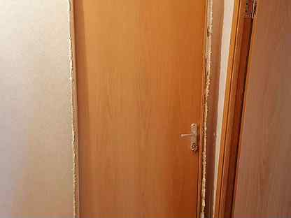 Дверь входная деревянная новая