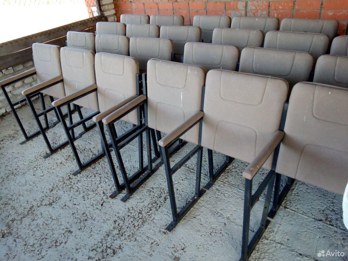 Кресла складные для кинотеатра